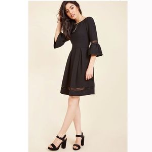 🆕 Eliza J Stately By Nature A-Line Dress in black